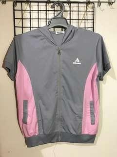 換物✅ 短袖運動外套