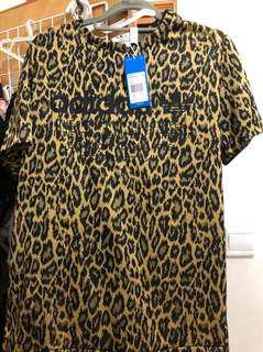 Adidas 豹紋 Tee 上衣