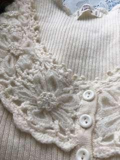🚚 白色微性感蕾絲針織毛衣#畢業200元出清