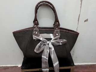 Dark brown native bag