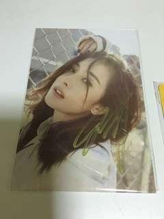 杨幂 signature photo