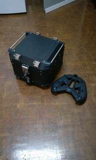 Kappa 42L box