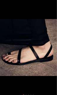 性冷淡風綁帶涼鞋簡約百搭