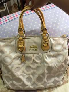 Orig Coach Bag. Please read descriptions