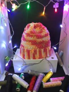 Warm pattern beanies/ hats for babies (handmade/ knitted)