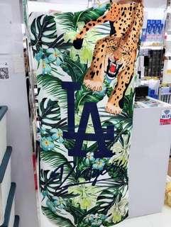 代購🔷MLB🔷沙灘巾 NY / LA 字樣