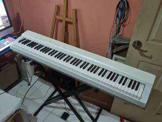 Casio PX-135 Digital Piano Keyboard MINT