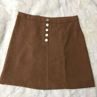 Brown Skirt 💛👱🏻‍♀️👠