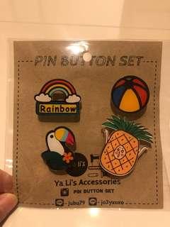 Cartoon pins - Pineapple and rainbow