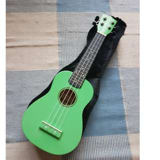 UKULELE + SOFT CASE - Neon Green Funk