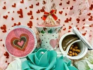 🚚 不要讓賓客二進時搶破頭啦 ⛤⛤⛤熱門團購組⛤⛤⛤ 巧克力棒歡樂Happy杯 💯馬來西亞原裝進口 💯迷你小巧攜帶方便 💯棒餅+巧克力醬=不沾手 💯繽紛盒杯裝增添童趣