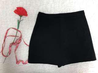 Purpur black skorts