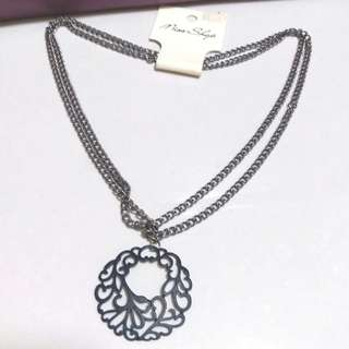 Auth and brand new Miss Shop flower double layer necklace 頸鏈