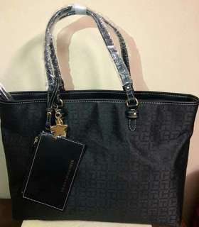 Tommy hilfiger tote bag w/pouch full black