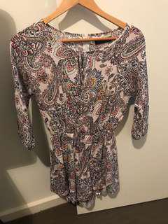 Ally fashion play suit size 6 (also suit 8)