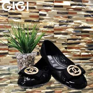 CHANEL Closed-Toe Shoes