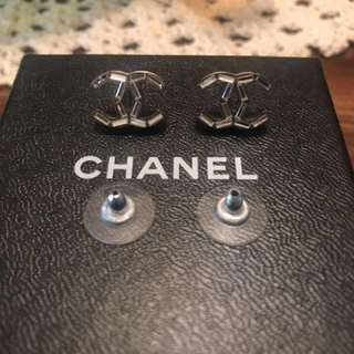 香奈兒耳環