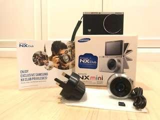 RARELY USED Samsung NX Mini 20.5MP
