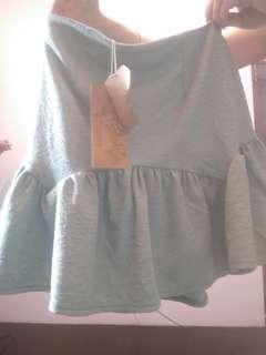 🚚 綠色短裙