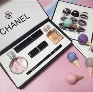 5 in 1 Gift set with perfume
