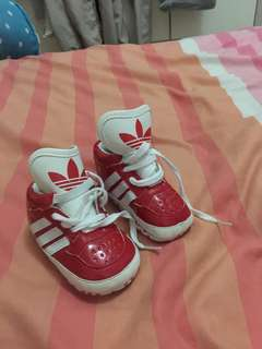 Jual sepatu merah