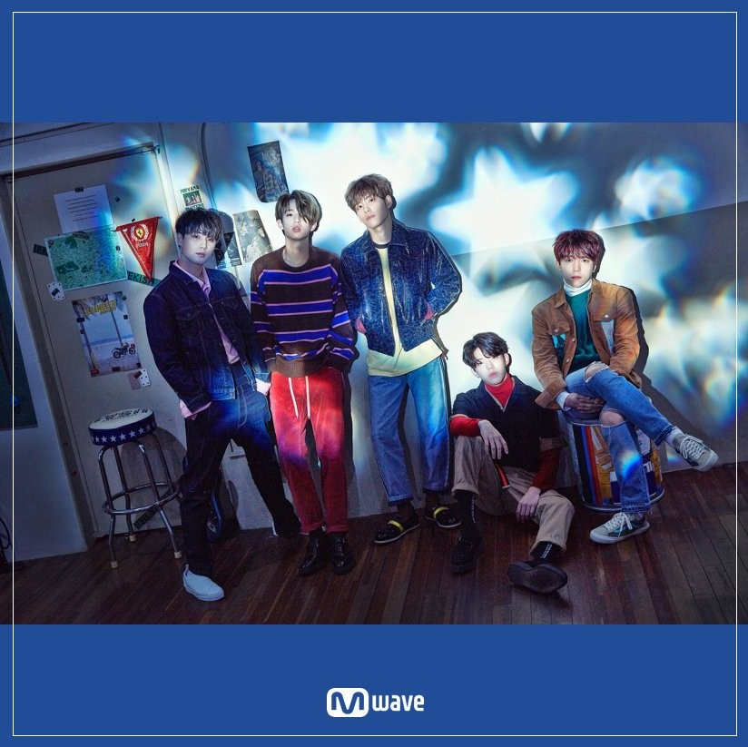 DAY6 Shoot Me :Youth Part 1 CD+Photobook+Photocard+Poster