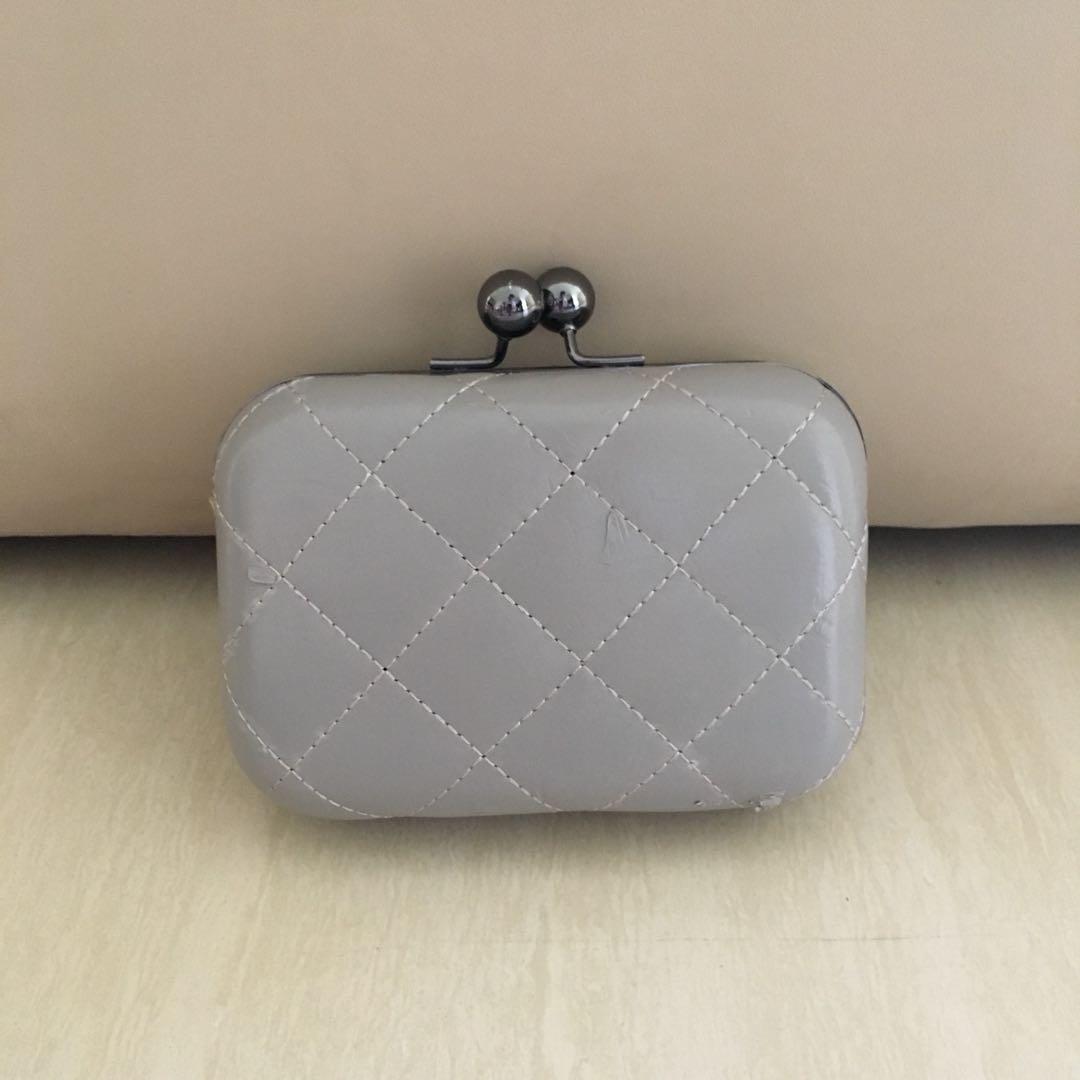 FREE pouchbag Dari Korea-tas undangan cantik hardcase tali panjang atau  tanpa tali 69a3171fa1