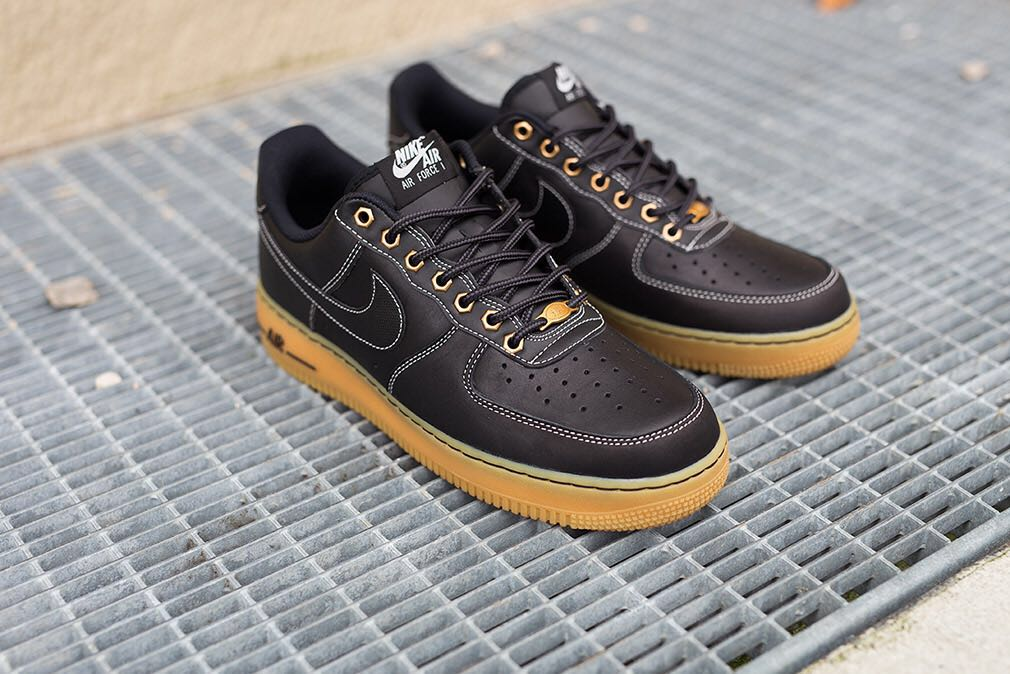 super popular 8638b e1631 INSTOCK PRELOVED Nike Air Force one black gum sole, Men s Fashion,  Footwear, Sneakers on Carousell
