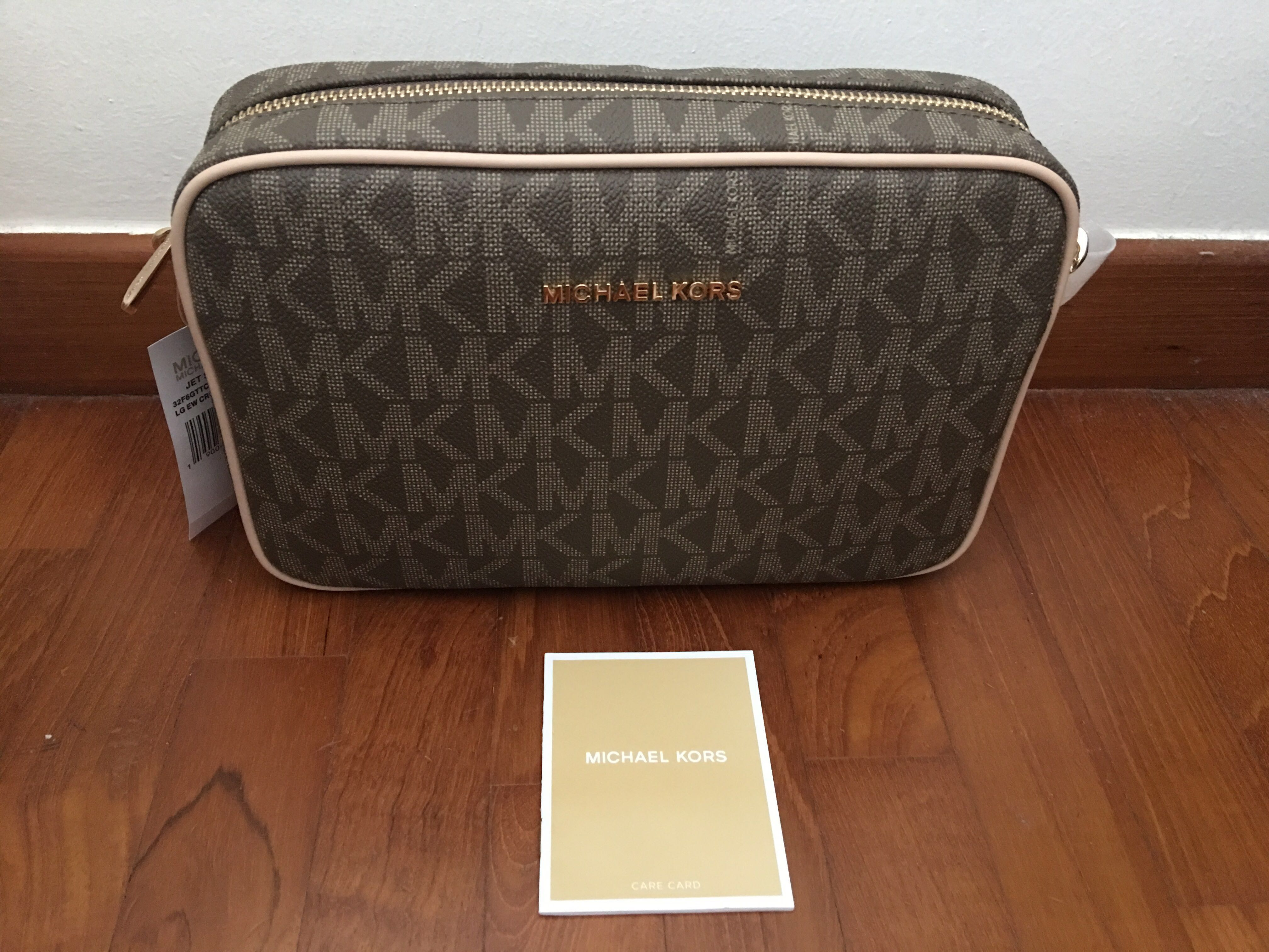 6ebb66b178b1 Michael Kors Jet Set Item Large Crossbody Bag, Luxury, Bags ...