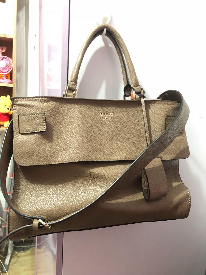 Original guess bigbag, Women's Fashion, Bags