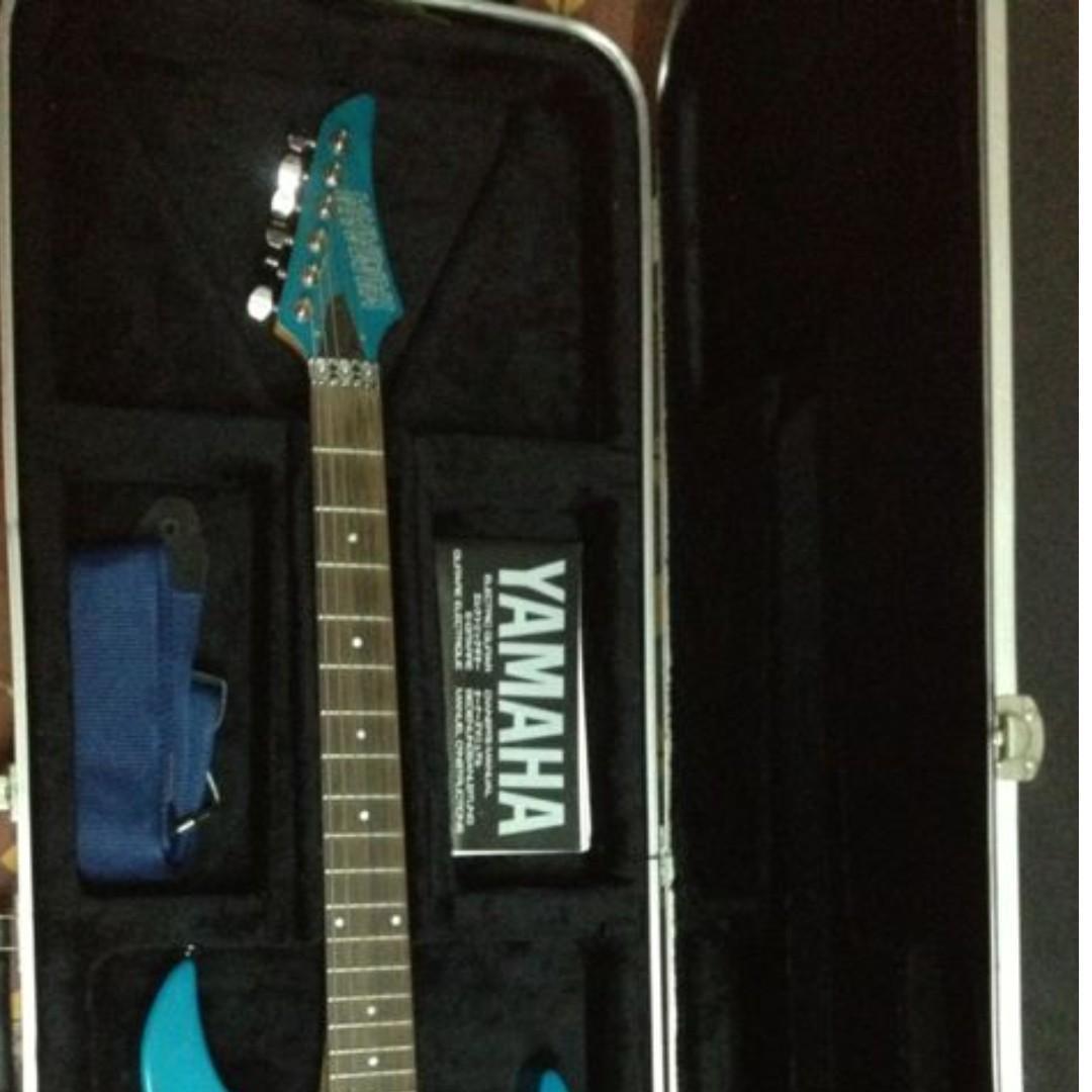 Yamaha RGX 421D