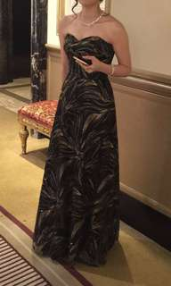 Black-gold evening gown 黑金晚裝
