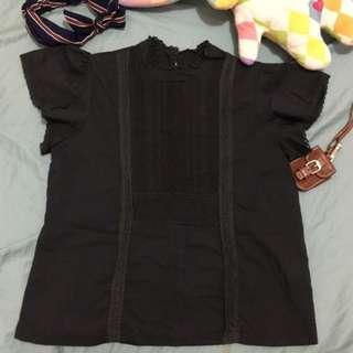 9成新 黑色 蕾絲 短袖 棉麻 上衣 轉賣  #畢業兩百元出清