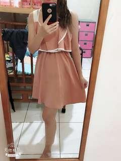 🚚 全新粉色荷葉邊洋裝