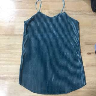 String Top (Blue green)