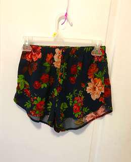 Rose Shorts (xs/s)