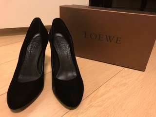 Loewe 高跟鞋 (原價幾千,現低於二折)