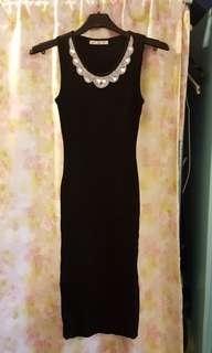 黑色針織背心合身洋裝