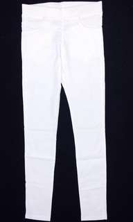 Milky White Fitted Jegging-Pants