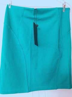 Bershka 半褶裙 skirt
