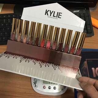 🚚 Fire 🔥 Sale! Kylie lipstick set - $15.90