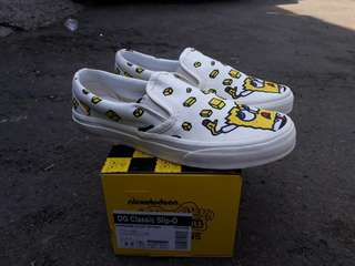 READY STOCK  PREMIUM BNIB  MADE IN CHINA  WAFFLE ICC VANS SLIP-ON  OG CLASIC (SPONGBOB) YELLOW/off white  SIZE 37/38/39/40