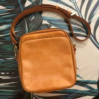 Authentic Louis Vuitton (LV) Vernis Crossbody Bag