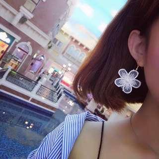 🚚 ✨預購✨ 小花氣質耳環 針式耳環