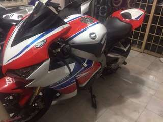 2011 CBR 1000RR Rabbit 🇲🇾 RegMY . Condition Very2 Good‼️ Well Maintained Bike, Never exceed mileage for service‼️ Free- Accident ✨ Convert Original 2012 Coverset and Rims‼️‼️ QUICKSIFTER READY✅