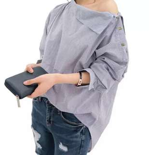 🚚 101400藍色條紋斜肩鈕扣寬鬆長袖襯衫