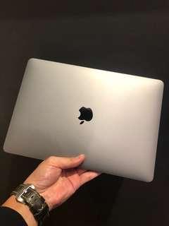 Apple MacBook Pro  13 吋 2016