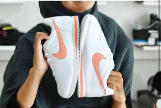 Sneaker Nike Cortez Classic Wanita