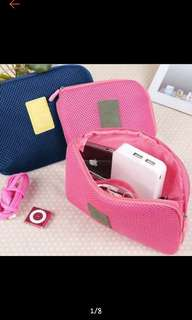 Travel make-up and accessories pouch