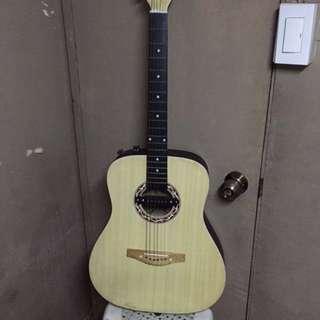 Mae guitar